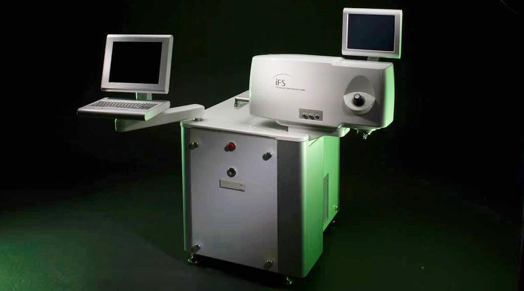 Dr Jimmy Lim JL Eye Specialists 5th generation Intralase iFS Laser Black Background