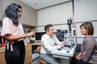 Dr Jimmy Lim JL Eye Specialists Ophthalmologist Consultation